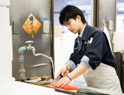 岡本尚樹さん(25歳)